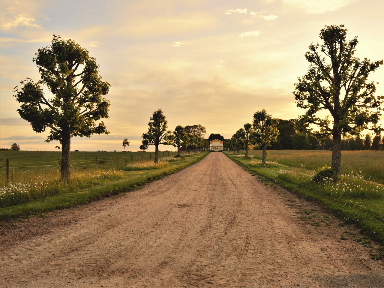 clouds-country-countryside-dirt-road-461755