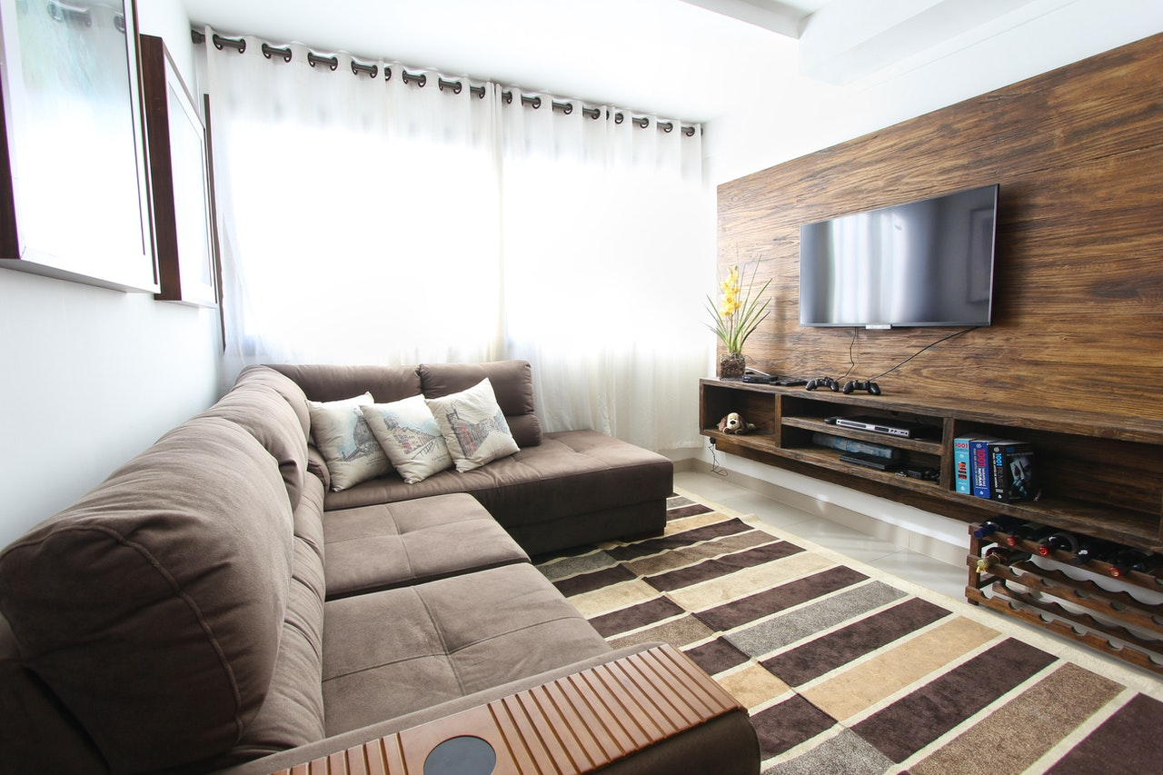 apartment-contemporary-couch-curtains-275484