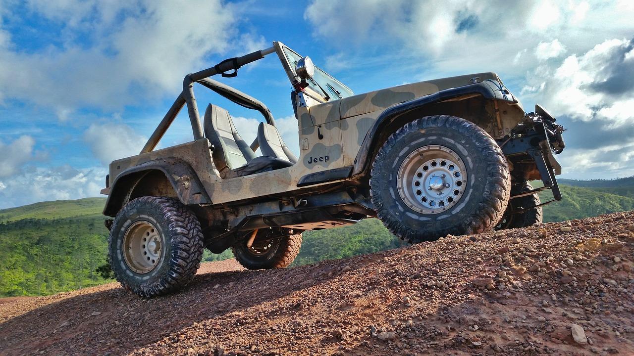 jeep-3253916_1280