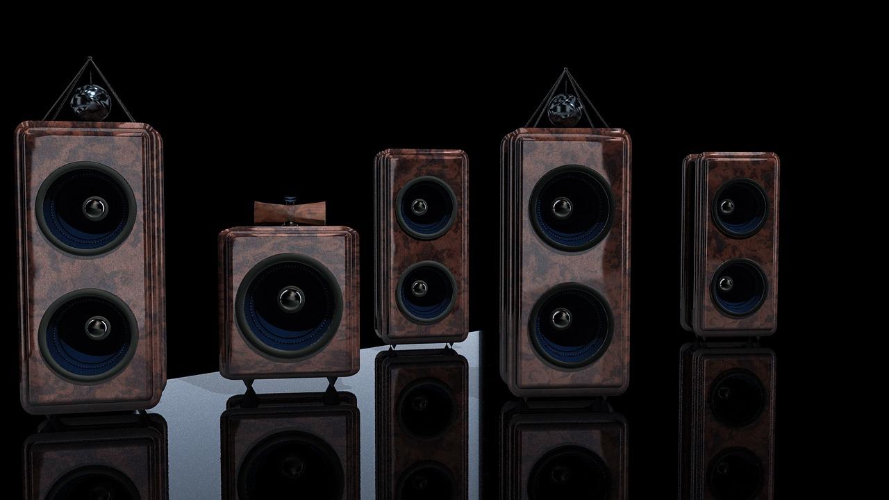 speakers-2541698_1280